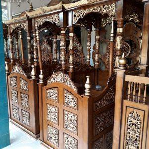Mimbar Masjid Jati Luxury Classik Ukiran Natural Mebel Jepara TTJ-0887