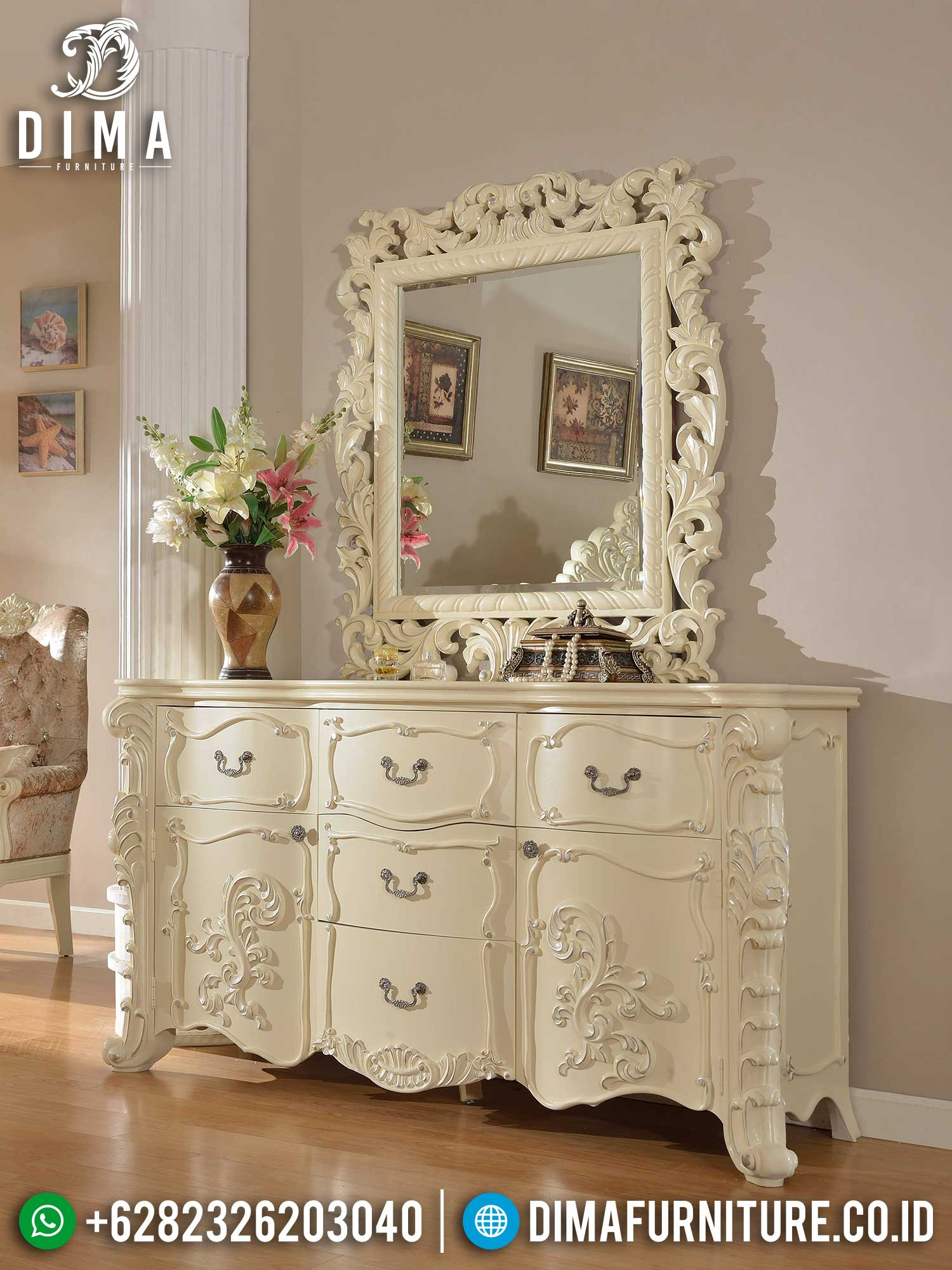 Meja Konsul Mewah Luxury Classic Jepara Terbaru Best Collection TTJ-1421