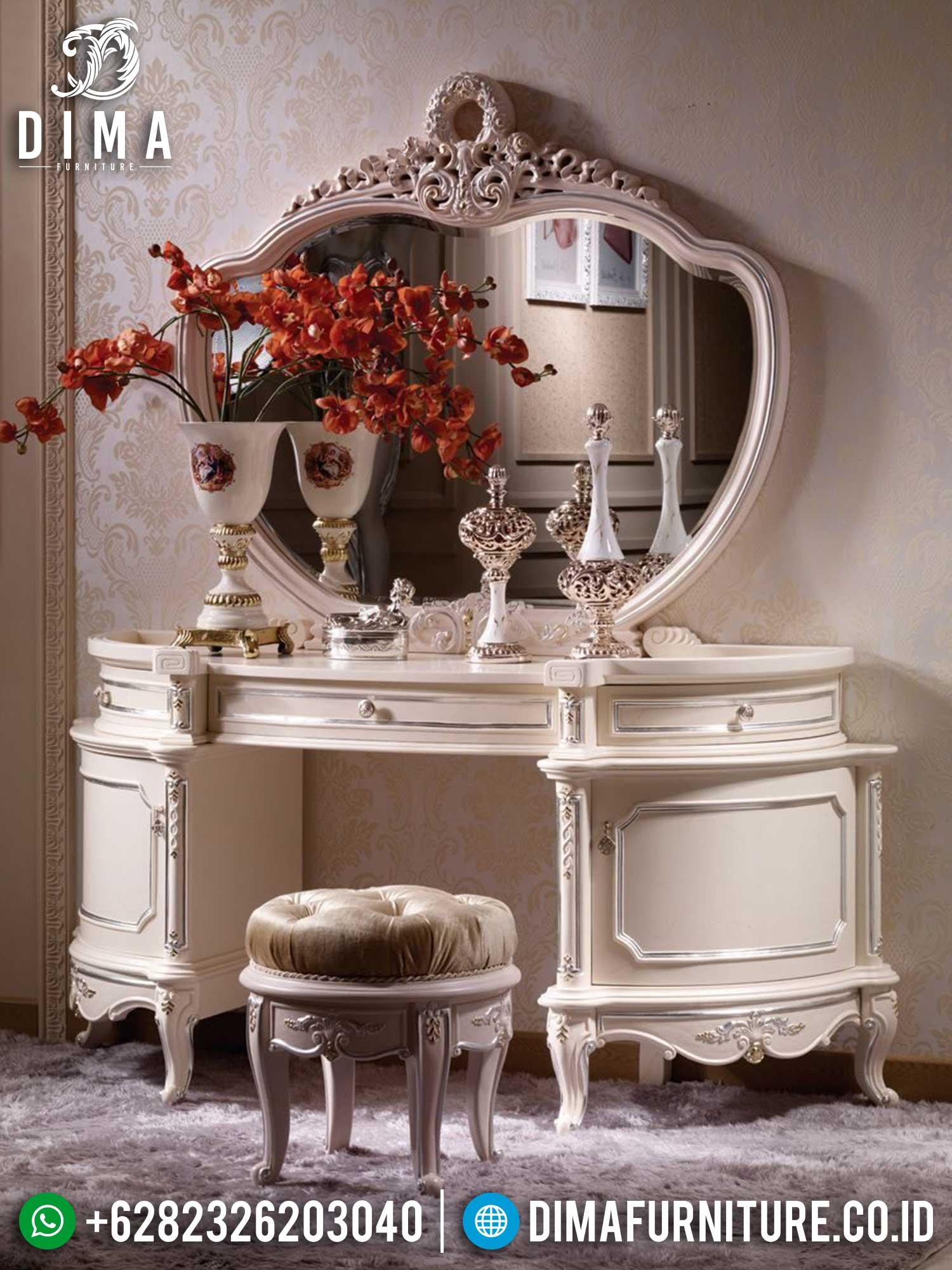 Meja Rias Mewah Ukiran Jepara Luxurious Classic Sets Furniture Jepara TTJ-1412